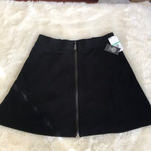 Vince Camuto zippered mini skirt 8